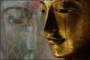 upaya-gold-buddha
